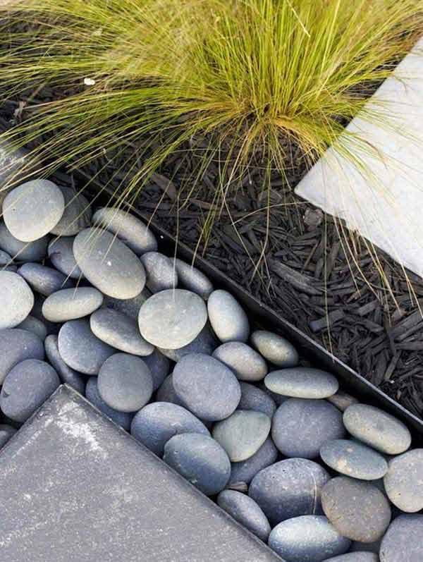 Garden Edge with River Rock